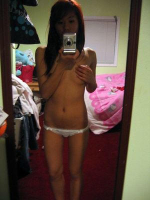Infrequent chinese homemade selfies, nearly nude Girlfriends in front of mirror