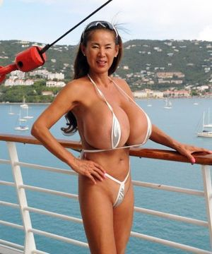 japanese women with big boobs